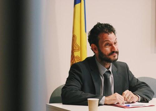 López i Alís debaten sobre els tipus efectius amb els representants de la Cambra de Comerç